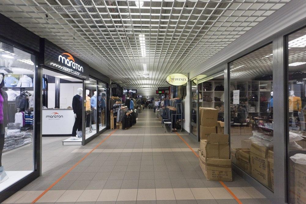 pasaż handlowy - hala handlowa, dla EACC Investments, Wólka Kosowska, woj. mazowieckie