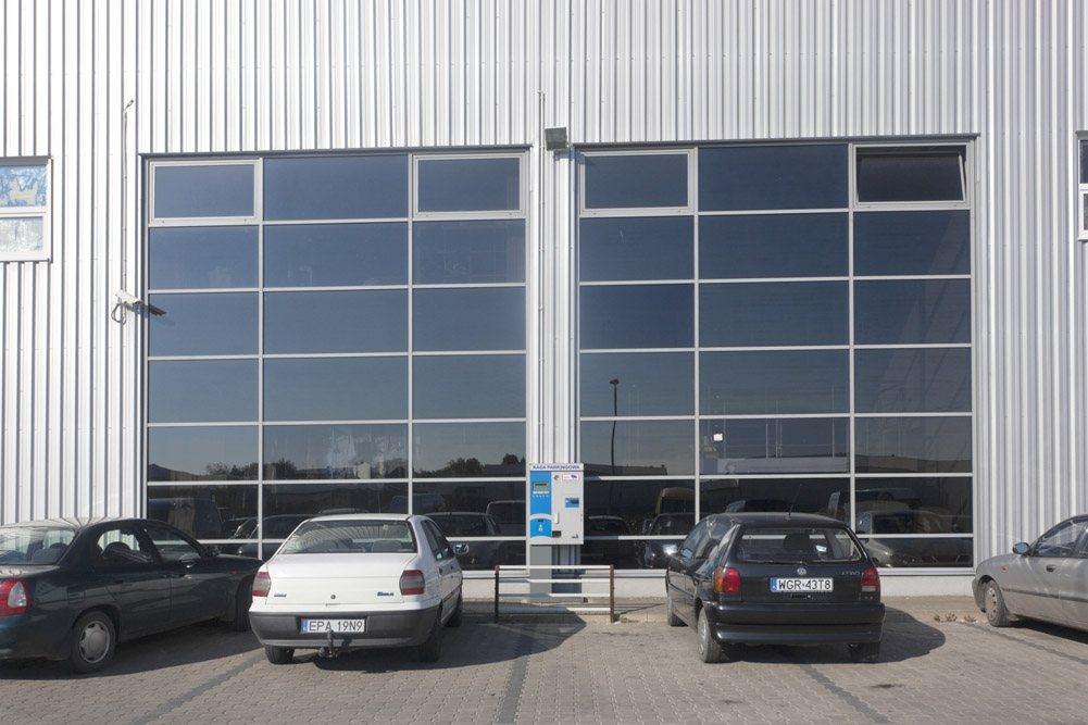 przeszklenia - hala handlowa, dla EACC Investments, Wólka Kosowska, woj. mazowieckie