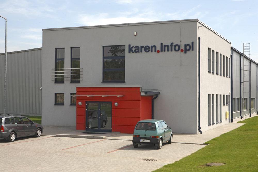 zbliżenie na logo inwestora - hala produkcyjno-magazynowa, dla Karen, Czyżowice, woj. śląskie