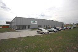 widok z przodu - hala produkcyjna z zapleczem biurowym, dla Wiefferink, Wykroty, woj. dolnośląskie