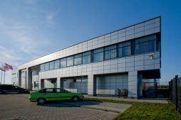 elewacja frontowa- hala produkcyjno-magazynowa z budynkiem biurowym, dla HG Poland, Łozienica, woj. zachodniopomorskie