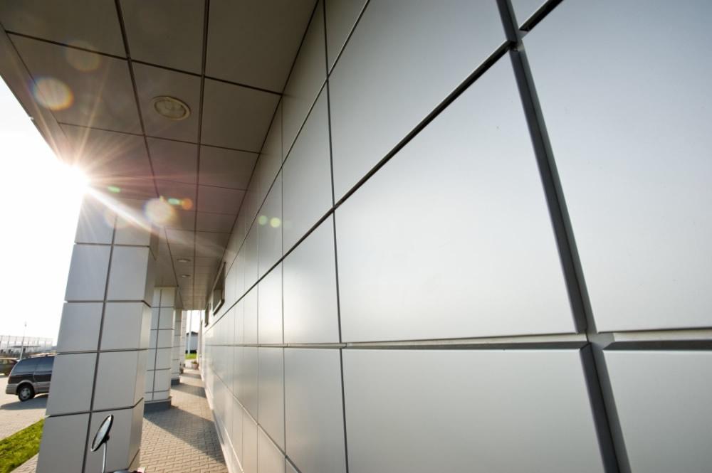 zbliżenie na detal 3 - hala produkcyjno-magazynowa z budynkiem biurowym, dla HG Poland, Łozienica, woj. zachodniopomorskie