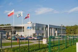 widok ogólny - hala produkcyjno-magazynowa z budynkiem biurowym, dla HG Poland, Łozienica, woj. zachodniopomorskie