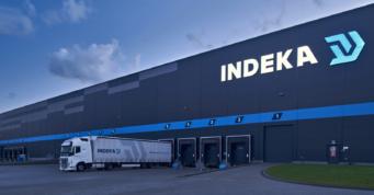 podświetlone logo na elewacji hali - hala logistyczna, dla Indeka Logistic City, wybudowane przez CoBouw Polska, woj. pomorskie