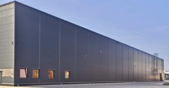 elewacja tylna hali Mardom Pro - trzecia inwestycja przemysłowa, dla Grupy Mardom, budowa CoBouw Polska