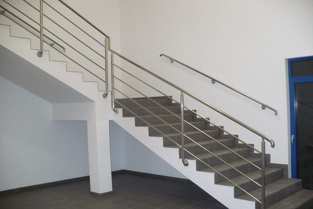 schody - hala produkcyjna z budynkiem biurowym, dla Meblomaster, Węgrów, woj. mazowieckie