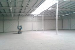 wnętrze obiektu 1 - hala produkcyjna z częścią biurową, dla Nome, Mników, woj. małopolskie