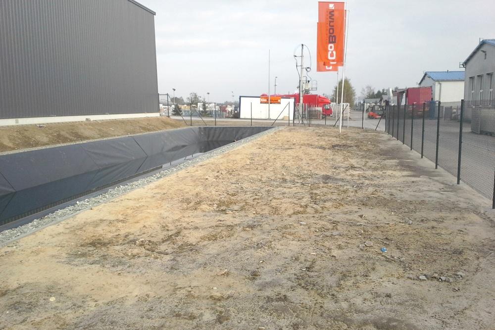 otoczenie obiektu - hala produkcyjna z częścią biurową, dla Nome, Mników, woj. małopolskie