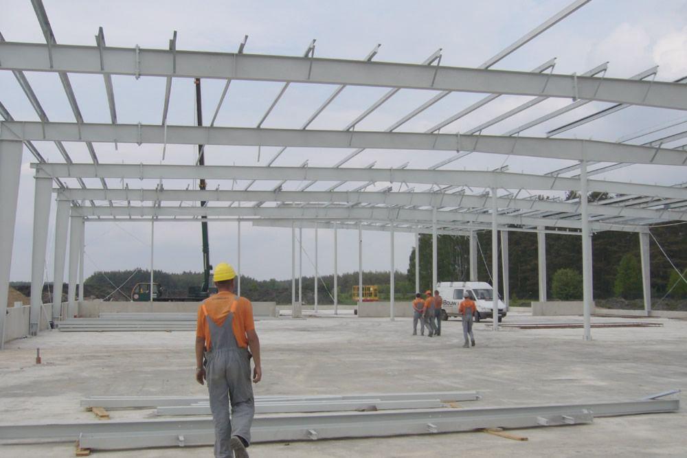 konstrukcja stalowa - hala produkcyjno-magazynowa z budynkiem biurowym, dla HG Poland, Łozienica, woj. zachodniopomorskie