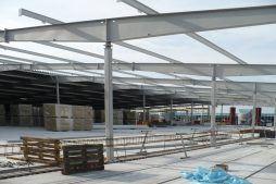 konstrukcja blachownicowa - hala handlowa, dla EACC Investments, Wólka Kosowska, woj. mazowieckie
