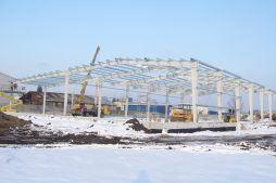 wznoszenie konstrukcji stalowej - hala produkcyjno-magazynowa, dla Addit, Węgrów, woj. mazowieckie