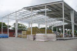 widok ogólny konstrukcji blachownicowej - hala produkcyjno-magazynowa z częścią biurową, dla 2x3, Krzęcin, woj. zachodniopomorskie