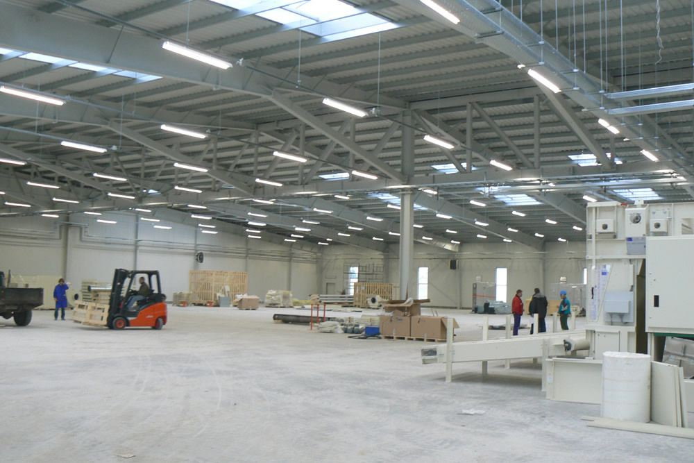 wnętrze hali 1 - hala produkcyjna, dla Filtry Haft, Gorzów Wielkopolski, woj. lubuskie