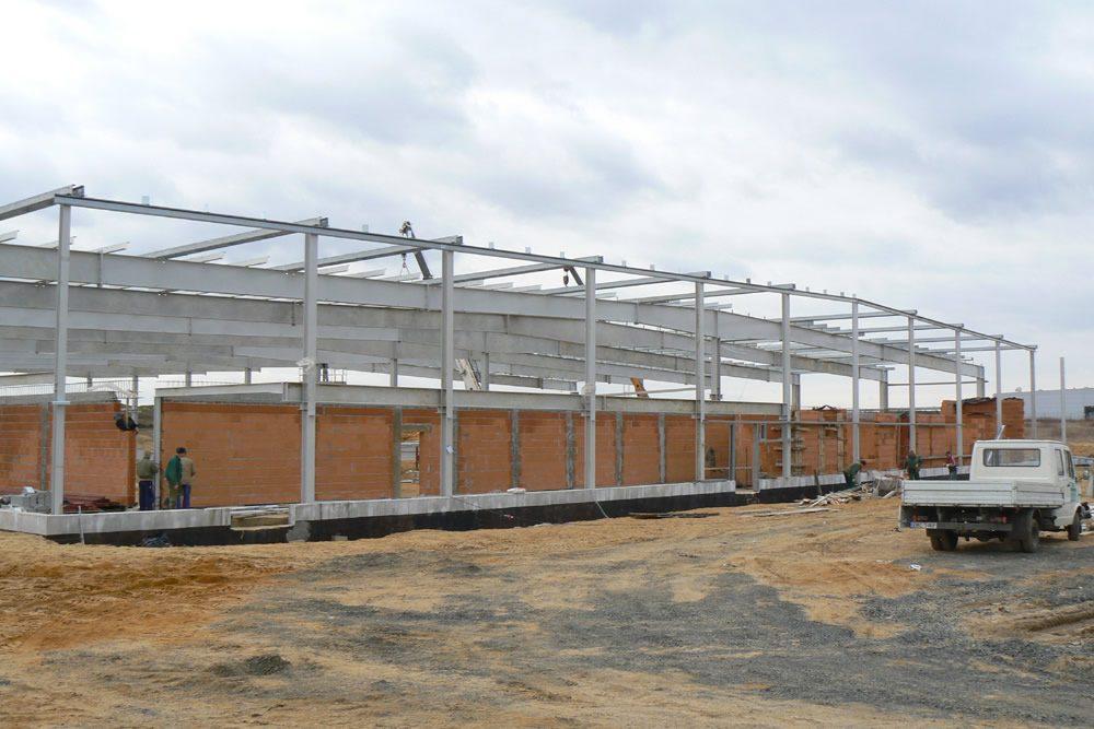 konstrukcja stalowa 2 - hala produkcyjna z zapleczem biurowym, dla Wiefferink, Wykroty, woj. dolnośląskie