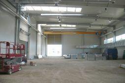 wnętrze hali 4 - hala produkcyjna z częścią biurową, dla Markos, Słupsk, woj. pomorskie