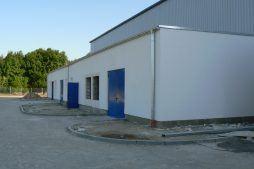 wejście do budynku - hala produkcyjna z budynkiem biurowym, dla Algontec, Kostrzyn nad Odrą, woj. lubuskie