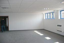 pomieszczenie biurowe 1 - hala produkcyjna z budynkiem biurowym, dla Meblomaster, Węgrów, woj. mazowieckie