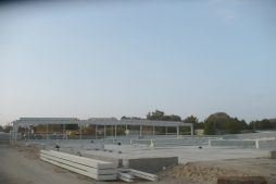 montaż elementów stalowych - hala produkcyjna z budynkiem biurowym, dla Auto-Hak, Słupsk, woj. pomorskie