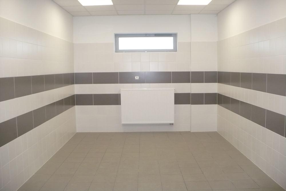 pomieszczenie sanitarne 1 - hala produkcyjna z częścią biurową, dla Pritip, Puławy, woj. lubelskie