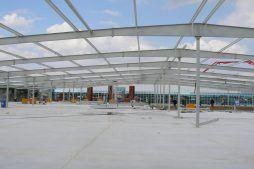 montaż elementów konstrukcji stalowej 1 - hala handlowa, dla EACC Investments, Wólka Kosowska, woj. mazowieckie