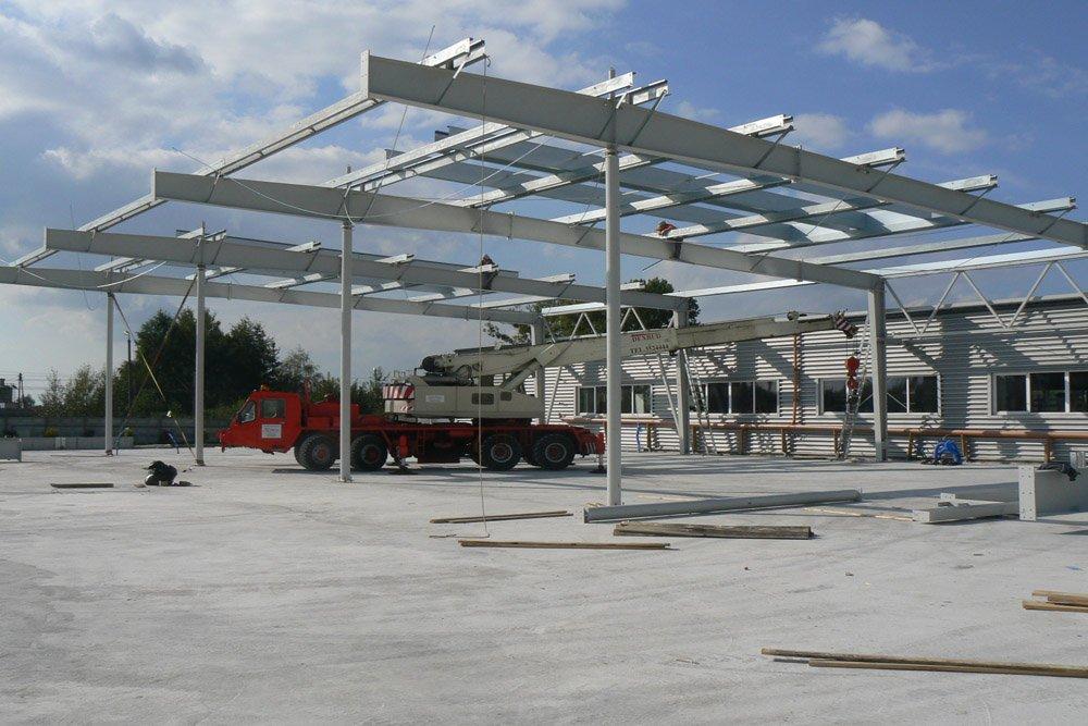 montaż elementów konstrukcji stalowej 1 - hala produkcyjna, dla Rollico Rolling Components, Lubliniec, woj. śląskie