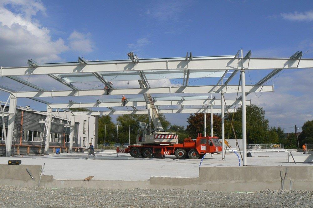 montaż elementów konstrukcji stalowej - hala produkcyjna, dla Rollico Rolling Components, Lubliniec, woj. śląskie