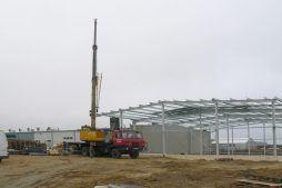 wznoszenie elementów konstrukcji stalowej - hala magazynowa, dla Biomaxima, Lublin