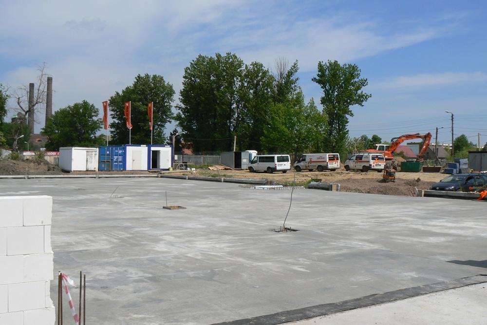 prace budowlane - hala produkcyjno-magazynowa z budynkiem biurowym, dla Viva Plus, Bytom, woj. śląskie