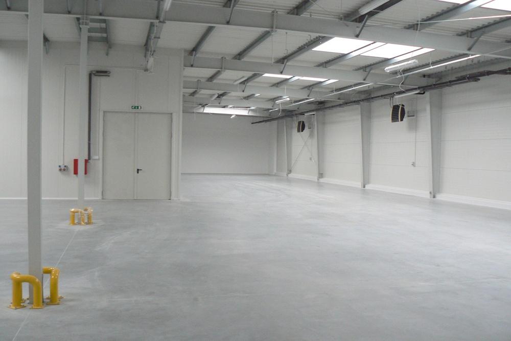 pomieszczenie wewnętrzne 1 - hala produkcyjno-magazynowa z budynkiem biurowym, dla Viva Plus, Bytom, woj. śląskie