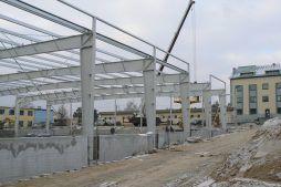 wznoszenie konstrukcji stalowej 1 - hala magazynowa, dla Arma Bauteile, Lubliniec, woj. śląskie