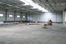 wnętrze w trakcie budowy - hala magazynowa, dla Arma Bauteile, Lubliniec, woj. śląskie