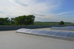 świetliki dachowe 1 - hala magazynowa z budynkiem biurowym, dla Agrarada, Domaniów, woj. dolnośląskie
