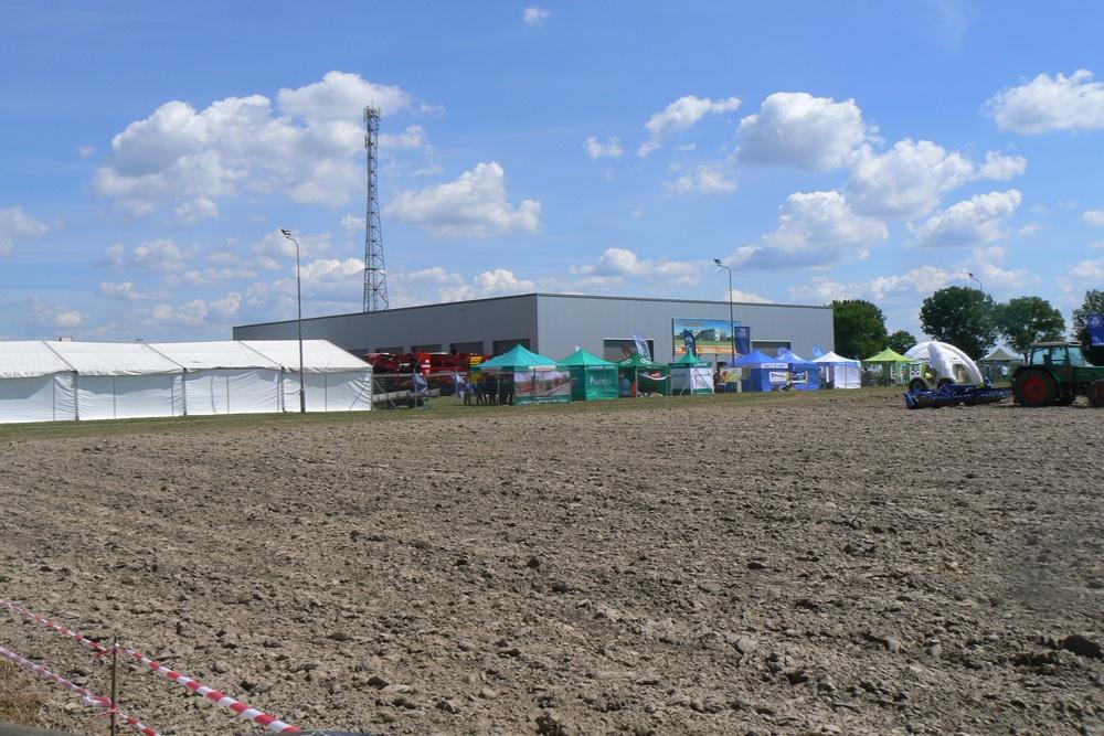 widok ogólny 3 - hala magazynowa z budynkiem biurowym, dla Agrarada, Domaniów, woj. dolnośląskie