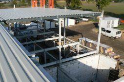 zdjęcie z góry na powstającą część biurową - hala produkcyjna z częścią biurową, dla Protech, woj. śląskie