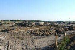 zdjęcie terenu budowy - hala produkcyjna z częścią socjalno-biurową, dla Medos, Chełmno, woj. kujawsko-pomorskie