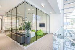 strefa relaksu - hala magazynowa z budynkiem biurowym, dla Sun Garden Poland, Malanów