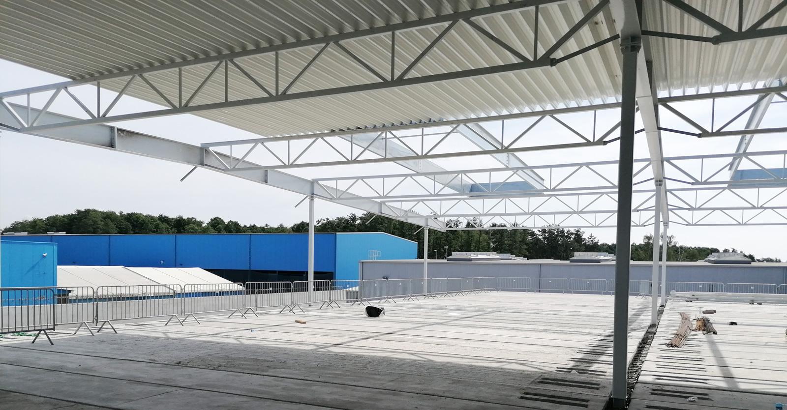 widok z poziomu stropu hali - siódma budowa pod klucz, dla Sun Garden Polska, Malanów, woj. wielkopolskie