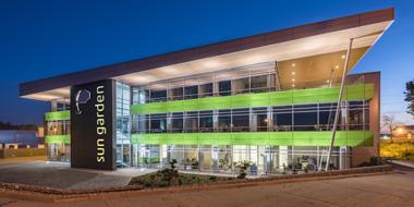Budowanie wizerunku firmy poprzez budynek biurowy