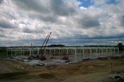 wznoszenie konstrukcji stalowej - hala produkcyjna z budynkiem biurowym, dla Adams, Mrągowo, woj. warmińsko-mazurskie