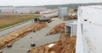 budowa dróg na terenie inwestycji - projekt i budowa inwestycji przez CoBouw Polska, dla Kentaur Production, Łobez, woj. zachodniopomorskie, teren strefy ekonomicznej