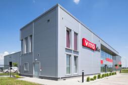 część socjalno-biurowa - hala produkcyjno-magazynowa, Vito Polska, producent okien, Międzyrzec Podlaski