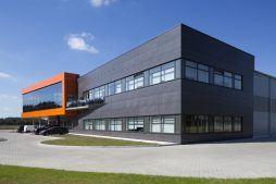 widok ogólny części biurowej 1 - hala produkcyjno-magazynowa z budynkiem biurowym, dla Lidermax, Łukowo, woj. mazowieckie