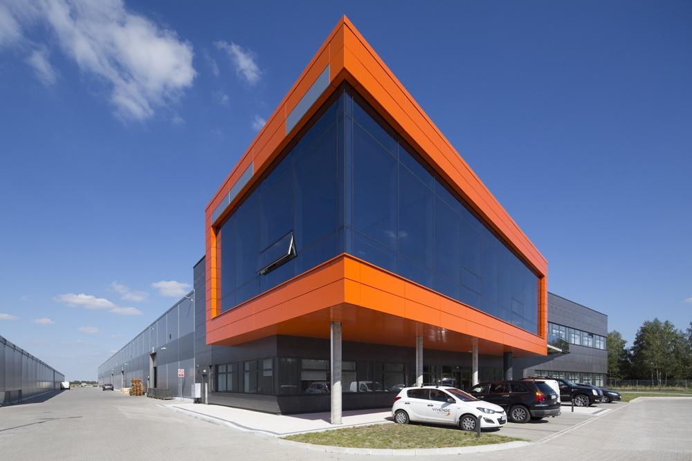 widok ogólny części biurowej - hala produkcyjno-magazynowa z budynkiem biurowym, dla Lidermax, Łukowo, woj. mazowieckie