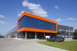 widok ogólny 2 - hala produkcyjno-magazynowa z budynkiem biurowym, dla Lidermax, Łukowo, woj. mazowieckie