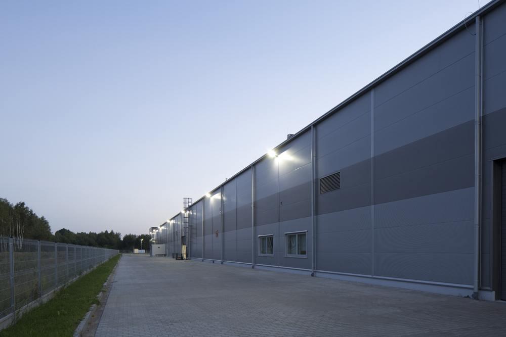 elewacja boczna 2 - hala produkcyjno-magazynowa z budynkiem biurowym, dla Lidermax, Łukowo, woj. mazowieckie