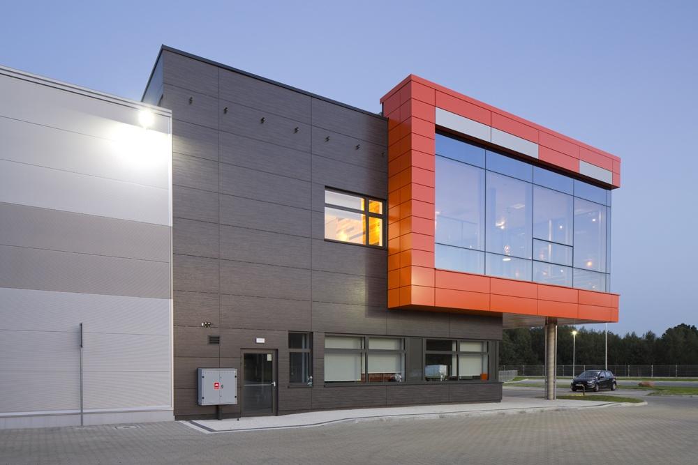 fragment części biurowej - hala produkcyjno-magazynowa z budynkiem biurowym, dla Lidermax, Łukowo, woj. mazowieckie