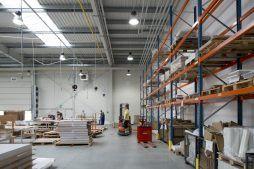 wnętrze hali 1 - hala produkcyjno-magazynowa z budynkiem biurowym, dla Lidermax, Łukowo, woj. mazowieckie