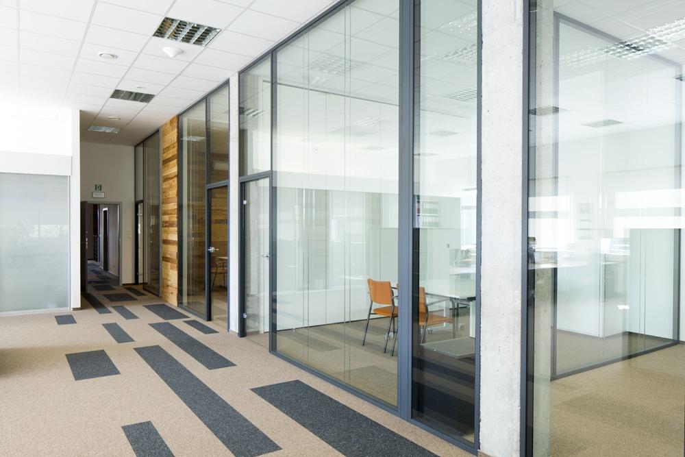 sala konferencyjna - hala produkcyjno-magazynowa z budynkiem biurowym, dla Lidermax, Łukowo, woj. mazowieckie