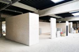 murowanie ścian wewnętrznych - hala produkcyjno-magazynowa z częścią socjalno-biurową, dla Linea, Koszalin