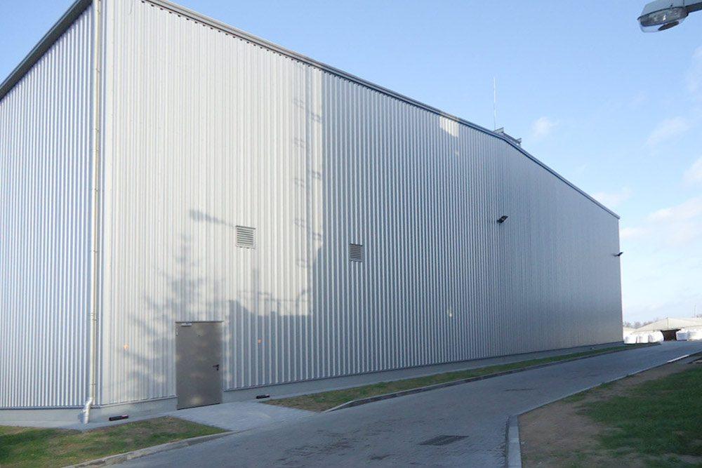 elewacja tylna - hala produkcyjno-magazynowa z częścią biurową, dla Ergis, Wąbrzeźno, woj. kujawsko-pomorskie